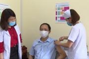 Triển khai tiêm vắc xin Covid – 19 đợt 2 cho lãnh đạo tỉnh  và các sở ban ngành.
