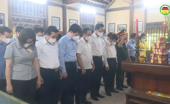 Hưng Yên: Dâng hoa, dâng hương nhân kỷ niệm 74 năm ngày thương binh, liệt sỹ
